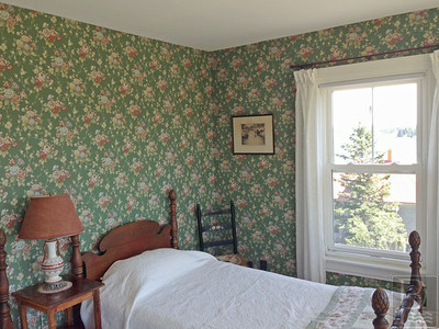 IA Ston House Tour Turner Guest Room 071714 GH