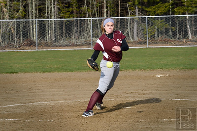 Olivia Stevenson pitches to out Sumner in the 4th innining.  Photo by Franklin Brown